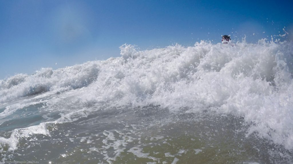 A wave with a head visible on the top