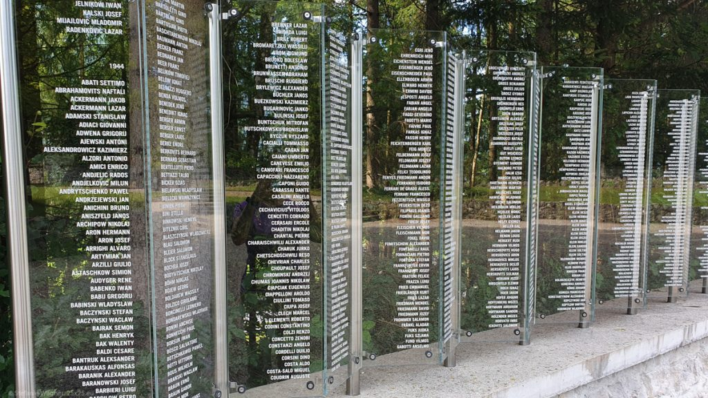 Steles with lists of names ordered by years and then alphabet